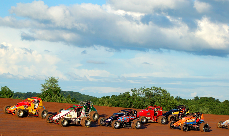 The BOSS Wingless Sprint Series will visit Lernerville Speedway this Friday and Pittsburgh Motor Speedway on Saturday