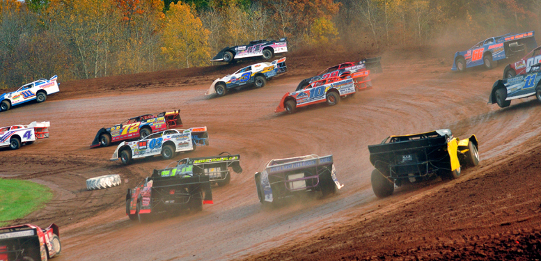 The late models will headlline the Firecracker 100 at Lernerville Speedway this weekend