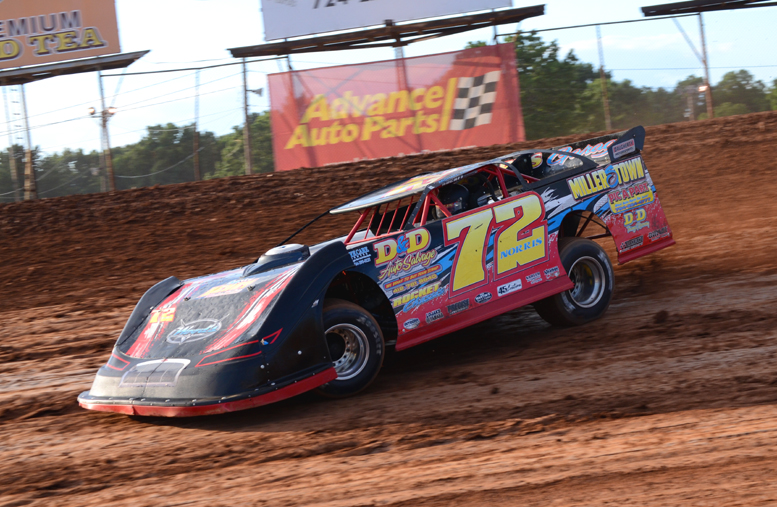 Mike Norris was one of four drivers to score their second win of the season at Lernerville Speedway Friday