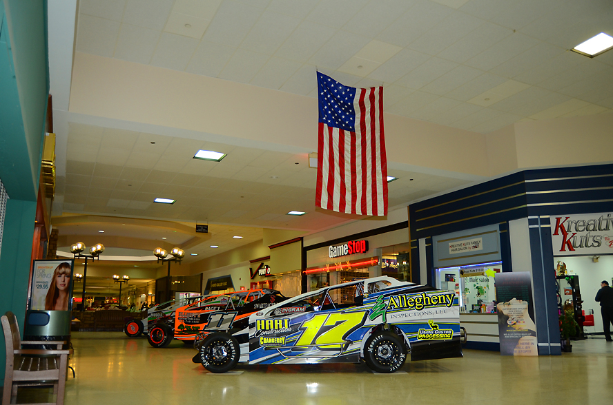xModifieds-on-display-at-The-Cranberry-Mall