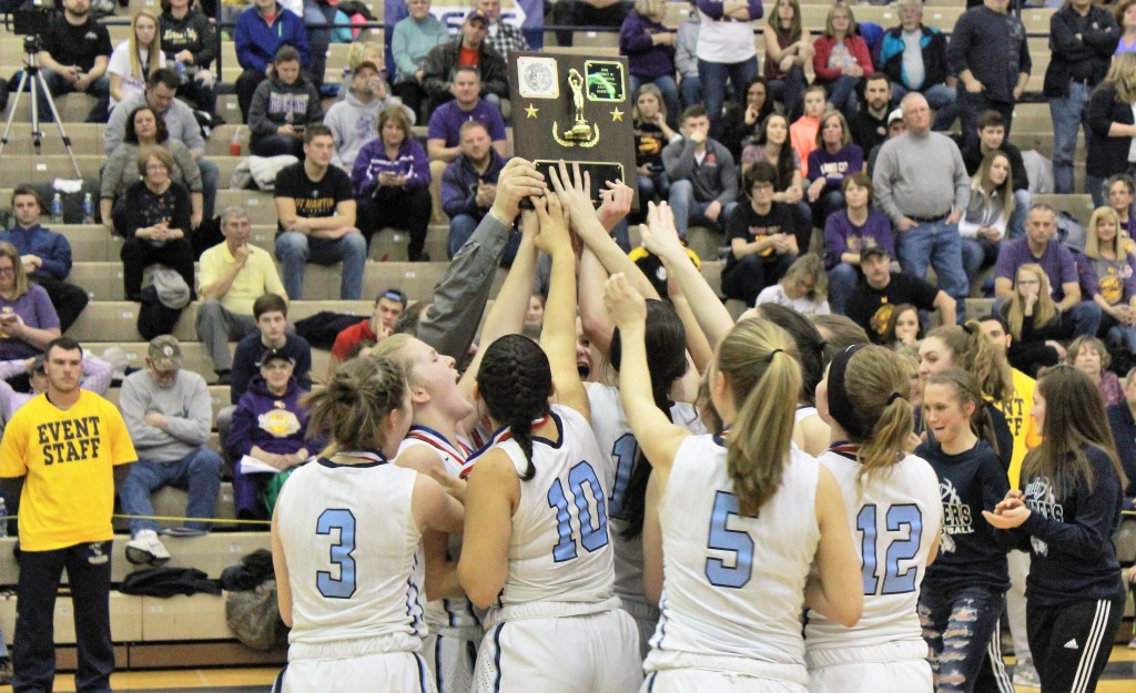 Brookville girls trophy Bakaysa