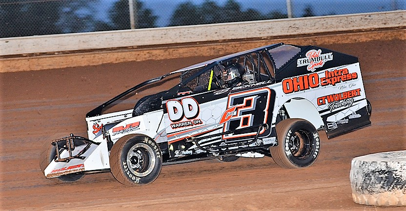 Chas Wolbert made it three wins in a row Saturday at Sharon Speedway (Rick Rarer Photo)