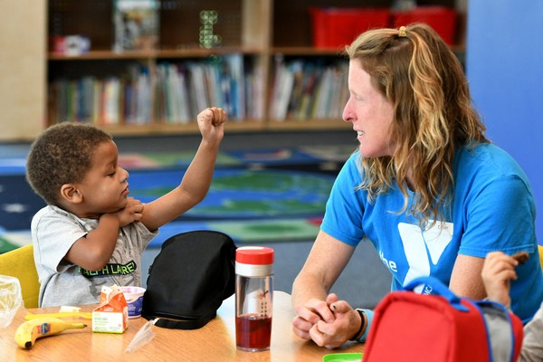 10-18-17-ymca-child-care-17jpg-f4f7ea8a5c807a13