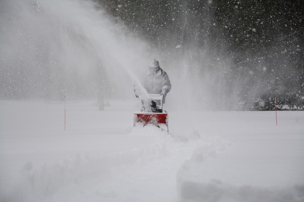 snow-removal-1853220_1280