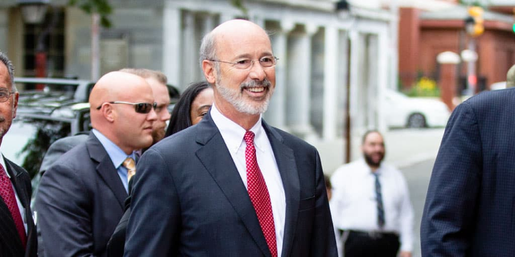 20181011-governor-wolf-announces-funding-renovate-historic-scranton-building-expand-training-physicians