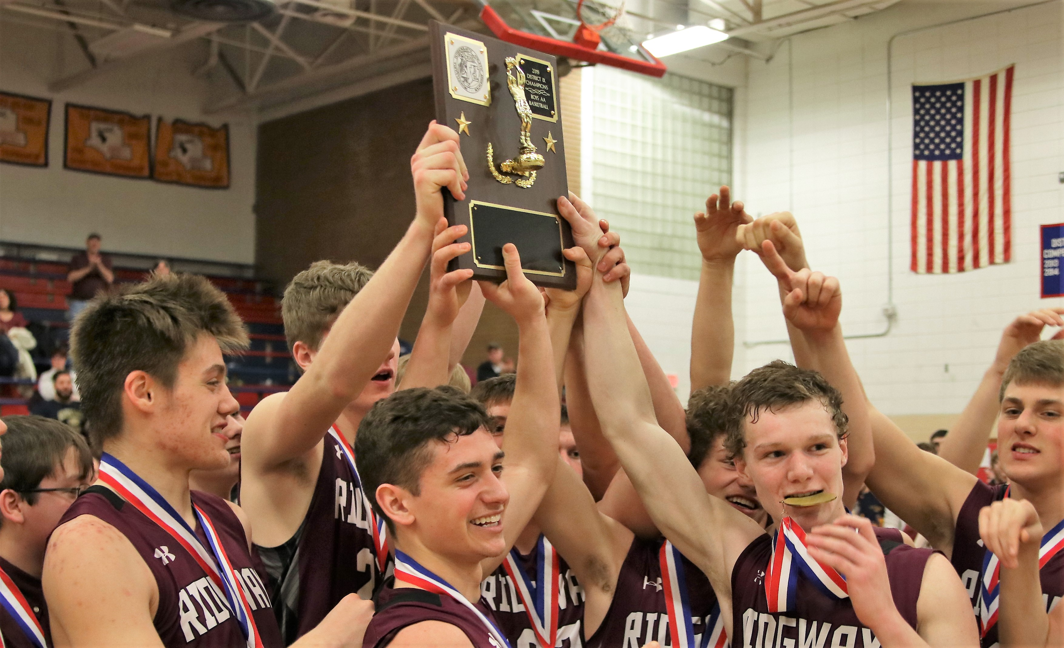 Ridgway 2019 basketball with plaque Bakaysa