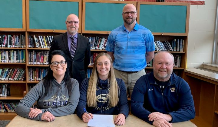 Olivia Boocks Signs with Clarion