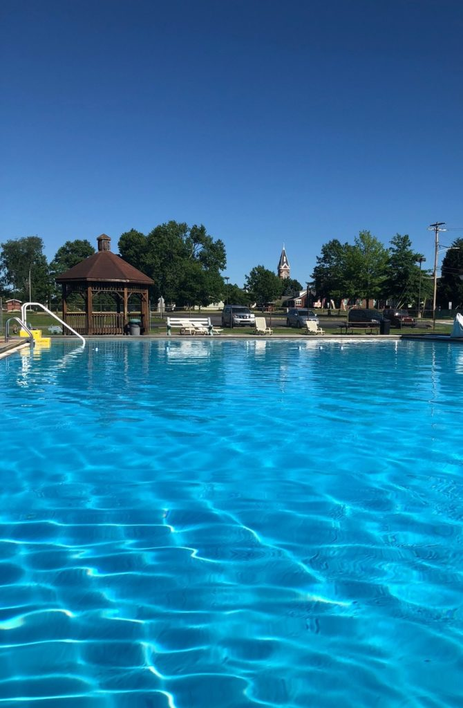 Clarion Pool a