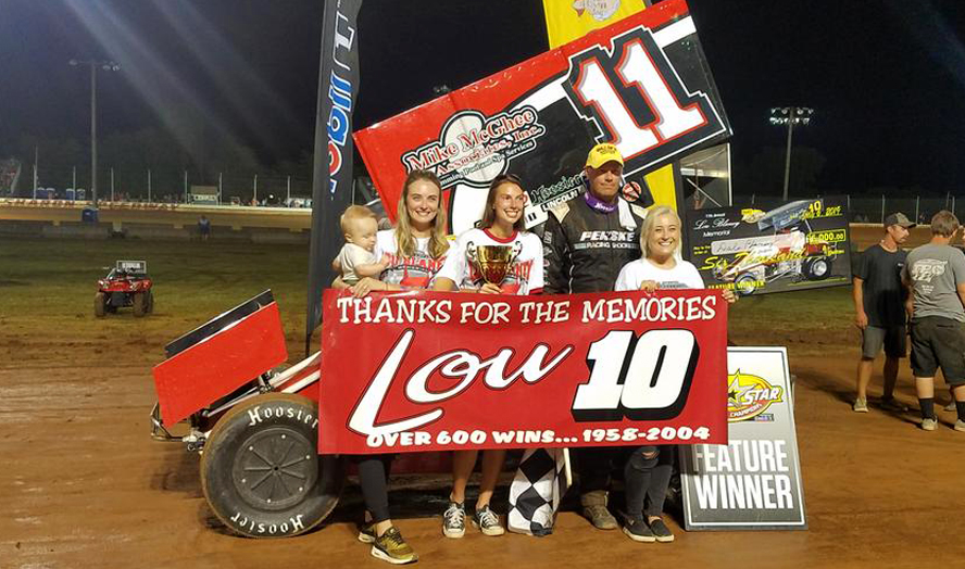 Dale Blaney and family in victory lane Saturday (Rick Rarer Photo)