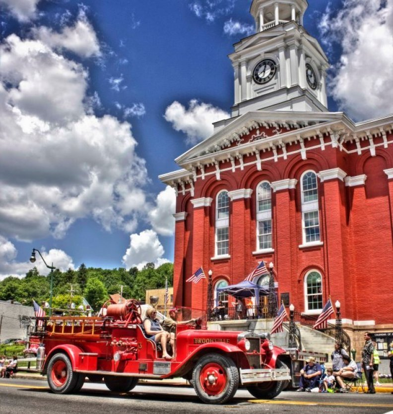 Jefferson-County-Courthouse-Brookville-Parade-Firetruck-Flag-Kyle-Yates