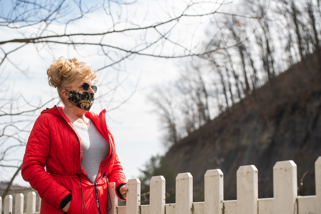 Brenda Carll, a former state public health nurse in Venango County, fought for years against attempts by Pennsylvania governors of both parties to slash community health funding. ROBERT FRANK / For the Inquirer.
