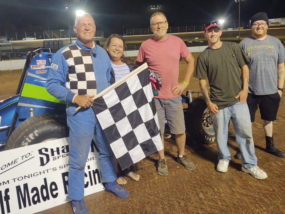 Steve Pedley and family enjoy his first ever career win Sunday at Sharon Speedway. Photo by Rush.