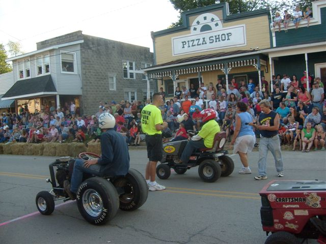 2011 Knox Horsethief Days Lawn Mower Races. Captured by Frank Agnello.