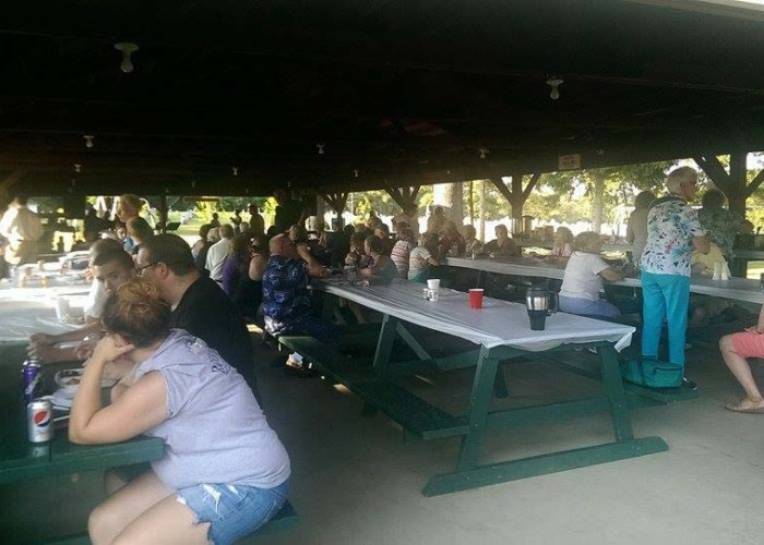 horsethief-days-knox-pa-community-dinner-700x500