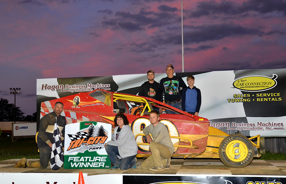 Tom Holden in victory lane after an emotional win at Tri-City (Rick Rarer photo)