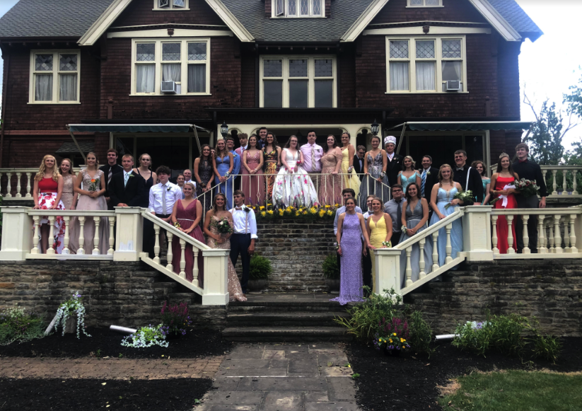 Redbank Valley High School Prom. Photo courtesy of Lisa Kerle. Clarion Co. photo of the day is brought to you by Window World of Butler.