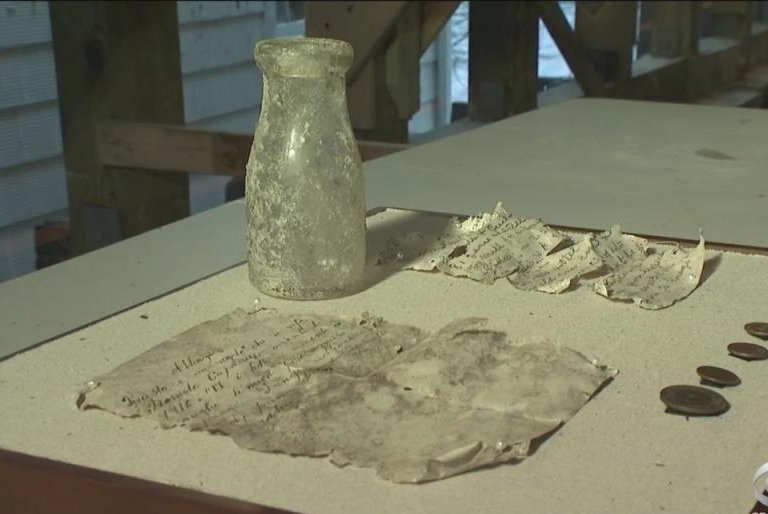 103-year-old-time-capsule-found-in-New-York-state-landmark
