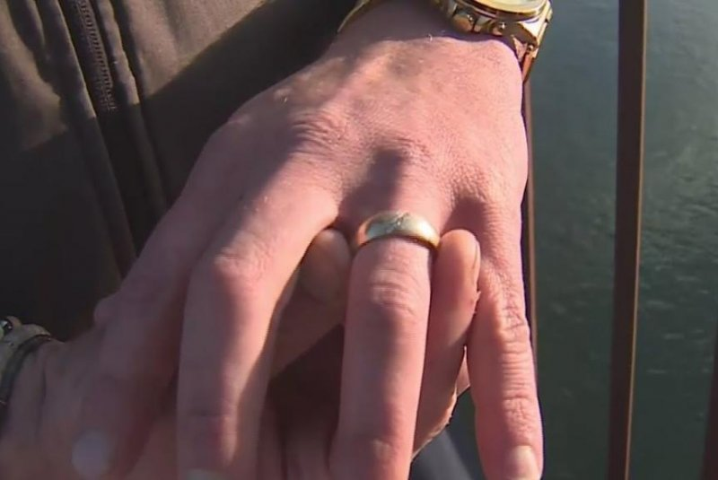 Diver-finds-gold-ring-in-California-river-tracks-down-owner