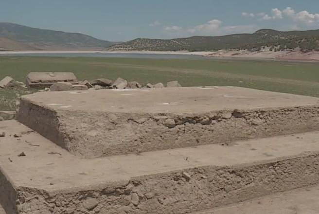 Ghost-town-remnants-emerge-from-drought-stricken-Utah-reservoir