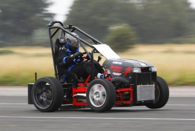 British-engineer-takes-worlds-fastest-lawnmower-to-14319-mph